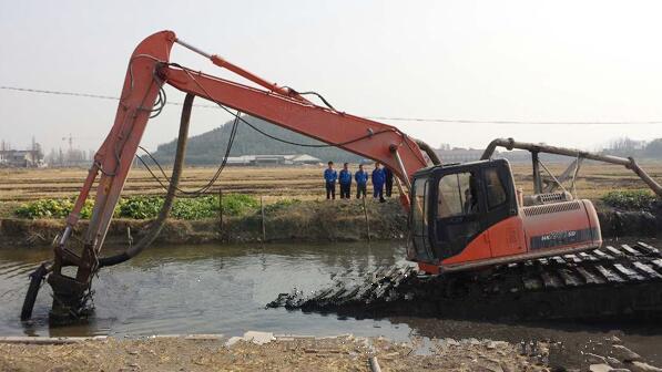 可用于挖机进行清淤